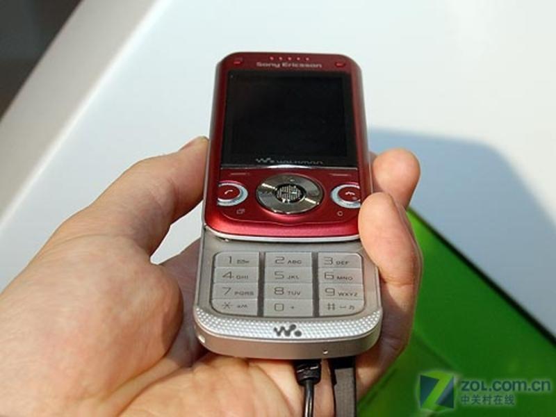 索尼爱立信 W760c图片 选机中心 凤凰数码