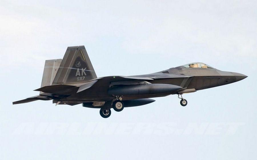 先锋影??f?y?(_科幻值爆表的美国f-22猛禽(raptor)战斗机